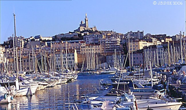 france_marseille_harbour_ships_02_0200_2003