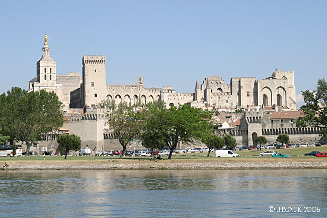 1121_france_avignon_palace_digit_d4_2004