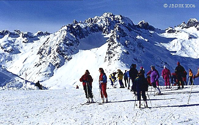 france_val_morel_ski_view_skiers_pointe_du_mottet_1996_0053