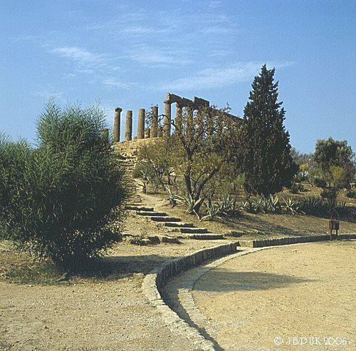 sicily_agrigento_temple_1992_0145