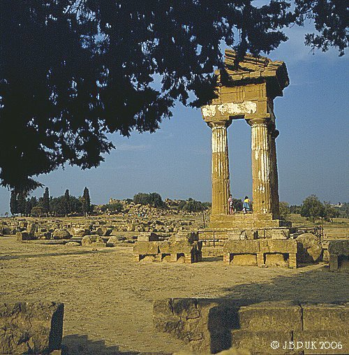 sicily_agrigento_temple_castor_and_pollux_01_1992_0145