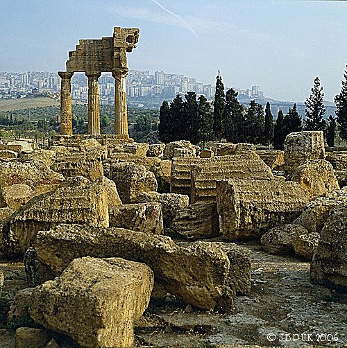 sicily_agrigento_temple_castor_and_pollux_03_1992_0145