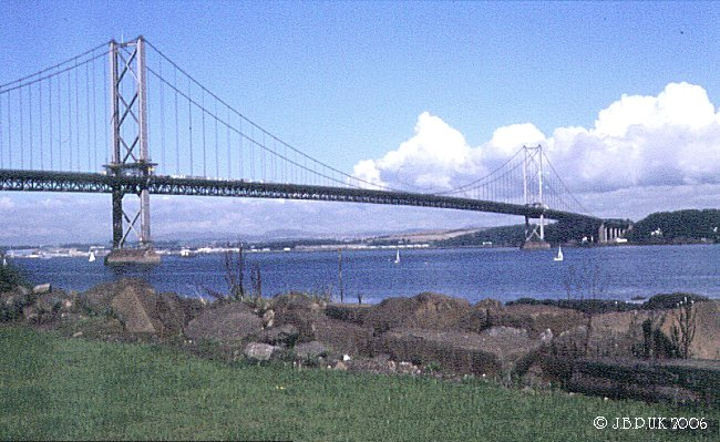 uk_scotland_firth_of_forth_road_bridge_1995_00497